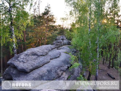rufors-megalits-04